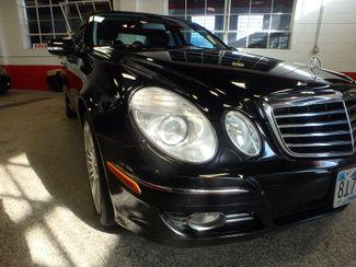 2007 Mercedes E350 4-Matic CLEAN, VALUE PRICED, GREAT LOOKS. Saint Louis Park, MN 11