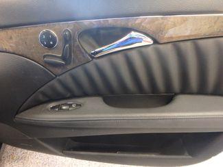 2007 Mercedes E350 4-Matic CLASSIC EXECUTIVE SEDAN!~ SHARP!~ Saint Louis Park, MN 21