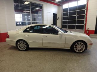 2007 Mercedes E350 4-Matic, SHARP SEDAN, BLACK  ROOF, Saint Louis Park, MN 1