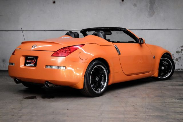 2007 Nissan 350Z Touring RARE COLOR in Addison, TX 75001