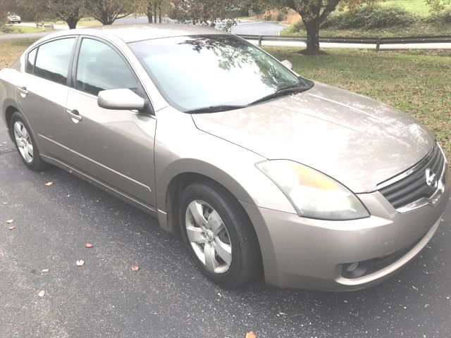2007 Nissan-3 Owner!! Carfax Clean!! Altima-CARMARTSOUTH.COM S-18 YRS IN BUSINESS! Knoxville, Tennessee 2