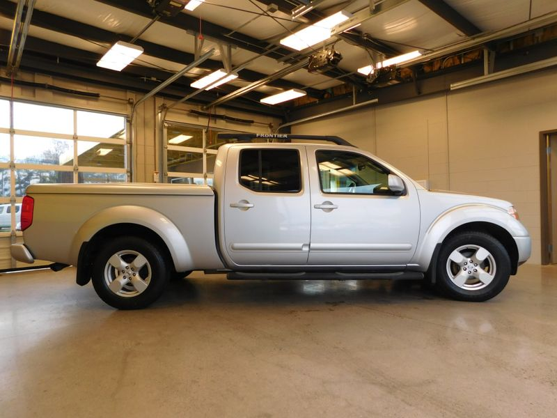 2007 Nissan Frontier LE  city TN  Doug Justus Auto Center Inc  in Airport Motor Mile ( Metro Knoxville ), TN