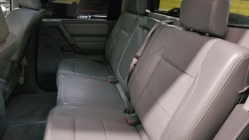 2007 Nissan Titan LE 4X4 TOYO OPEN COUNTRY TIRES | Palmetto, FL | EA Motorsports in Palmetto, FL