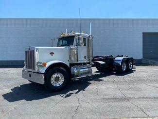 2007 Peterbilt 379 EXHD Roll Off / Hook Truck in Salt Lake City, UT 84104