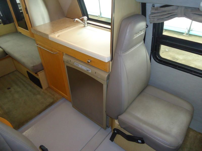 2007 Roadtrek 190 Versatile 4x4  in Sherwood, Ohio