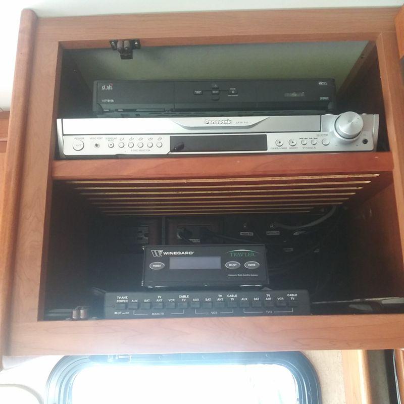 2007 Tiffin PHAETON QDH 40 4 slides ready to go  city FL  Manatee RV  in Palmetto, FL