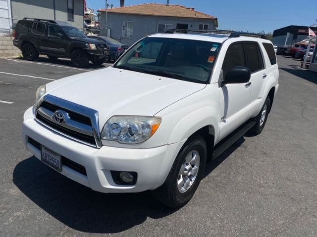 2007 Toyota 4Runner SR5 W/ SUNROOF, RUNNING BOARDS, & TOW PACKAGE
