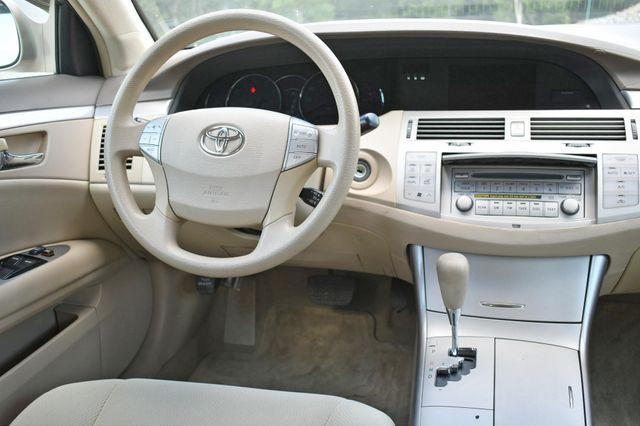 2007 Toyota Avalon XL Naugatuck, Connecticut 14
