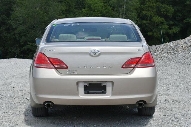 2007 Toyota Avalon XL Naugatuck, Connecticut 3