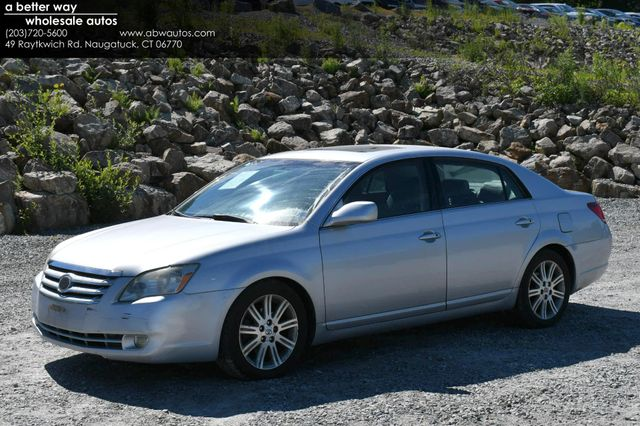 2007 Toyota Avalon Limited Naugatuck, Connecticut