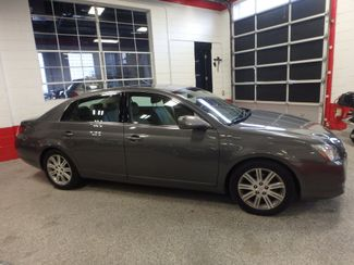 2007 Toyota Avalon, Low Miles, VERY LOADED, LIMITED. NEW CONDITION! Saint Louis Park, MN 1