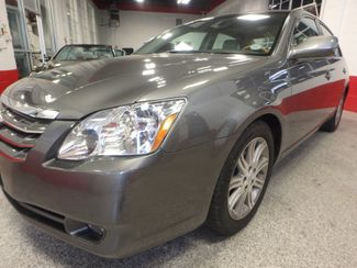 2007 Toyota Avalon, Low Miles, VERY LOADED, LIMITED. NEW CONDITION! Saint Louis Park, MN 23