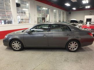 2007 Toyota Avalon, Low Miles, VERY LOADED, LIMITED. NEW CONDITION! Saint Louis Park, MN 8