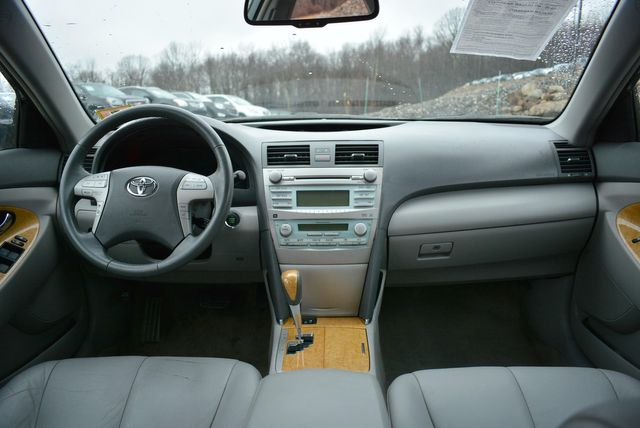 2007 Toyota Camry XLE Naugatuck, Connecticut 16