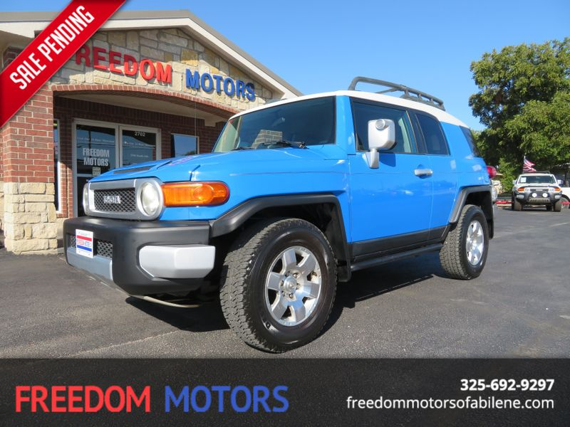 2007 Toyota FJ Cruiser 4x4  | Abilene, Texas | Freedom Motors  in Abilene Texas