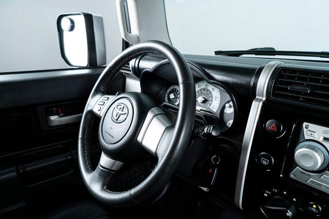 2007 Toyota FJ Cruiser 4x4 6-Speed Manual in Addison, TX 75001