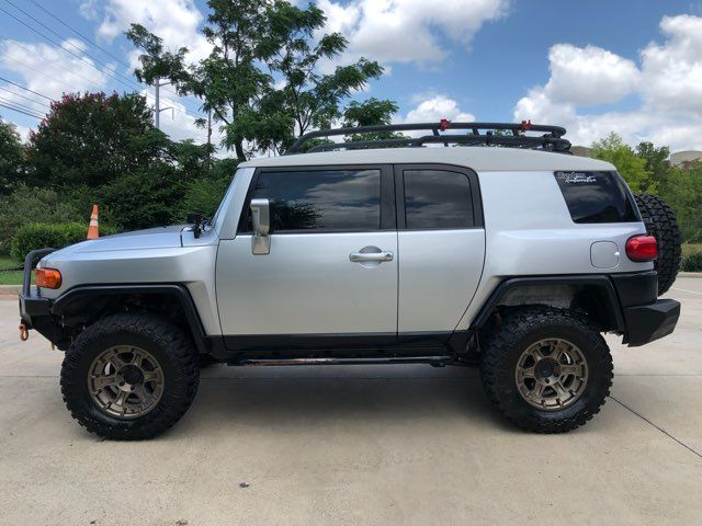 2007 Toyota FJ Cruiser TONS OF EXTRAS in Carrollton, TX 75006