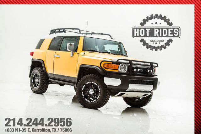 2007 Toyota FJ Cruiser 4x4 6-Speed Lifted With Upgrades