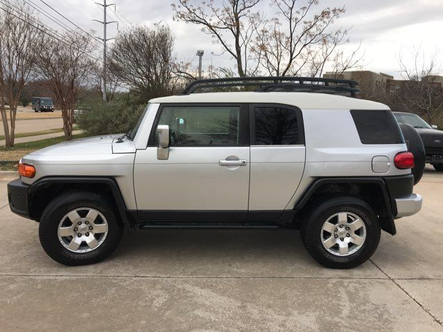 2007 Toyota FJ Cruiser ONE OWNER in Carrollton, TX 75006