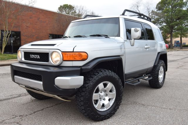 2007 Toyota FJ Cruiser in Memphis, Tennessee 38128