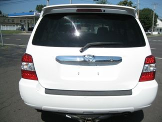 2007 Toyota Highlander Hybrid Limited w3rd Row  city CT  York Auto Sales  in West Haven, CT