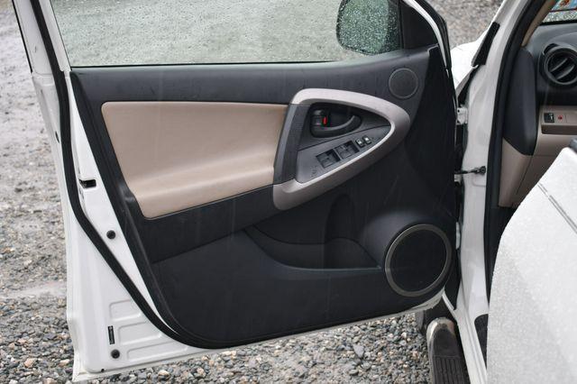 2007 Toyota RAV4 Limited 4WD Naugatuck, Connecticut 18