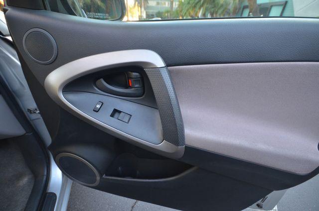 2007 Toyota RAV4 Reseda, CA 26