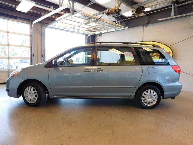 2007 Toyota Sienna CE in Airport Motor Mile ( Metro Knoxville ), TN 37777