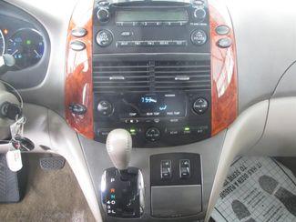 2007 Toyota Sienna XLE Gardena, California 6