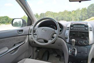 2007 Toyota Sienna CE Naugatuck, Connecticut 17