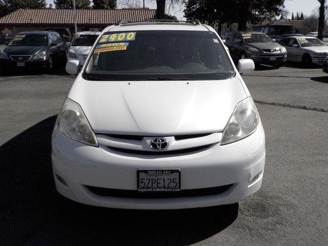 2007 Toyota Sienna XLE