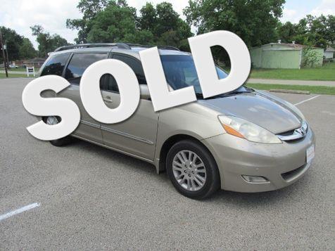 2007 Toyota Sienna XLE Limited FWD in Willis, TX