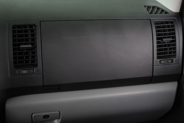 2007 Toyota Tundra SR5 CrewMax RWD - TRD OFF ROAD  - SUNROOF! Mooresville , NC 6