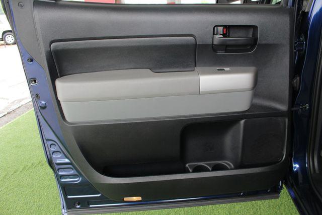 2007 Toyota Tundra SR5 CrewMax RWD - TRD OFF ROAD  - SUNROOF! Mooresville , NC 37