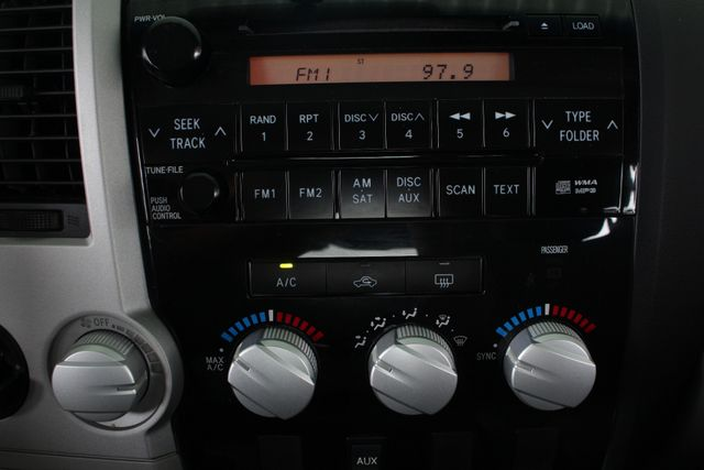 2007 Toyota Tundra SR5 CrewMax RWD - TRD OFF ROAD  - SUNROOF! Mooresville , NC 33