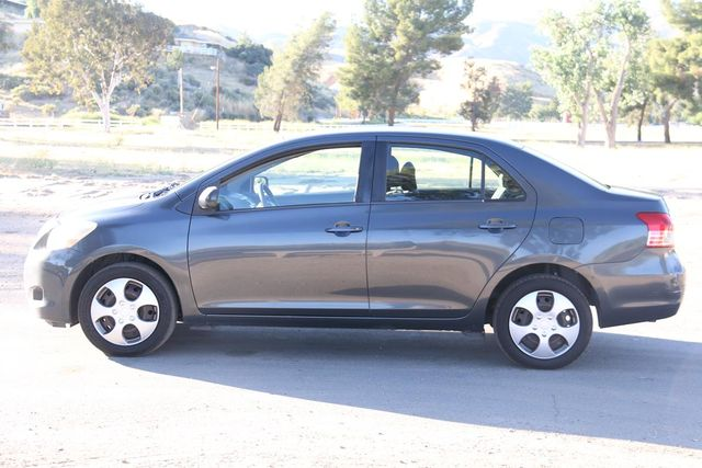 2007 Toyota Yaris Base Santa Clarita, CA 11