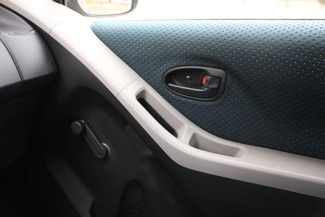 2007 Toyota Yaris Santa Clarita, CA 24