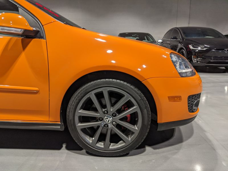 2007 Volkswagen GTI Fahrenheit  Lake Forest IL  Executive Motor Carz  in Lake Forest, IL