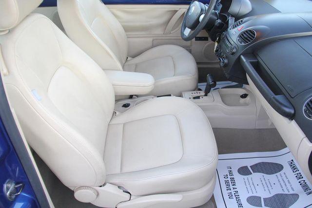 2007 Volkswagen New Beetle Santa Clarita, CA 14