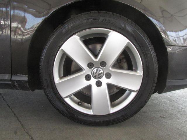 2007 Volkswagen Passat 2.0T Gardena, California 14