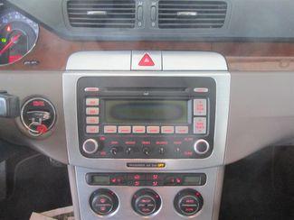 2007 Volkswagen Passat 2.0T Gardena, California 6