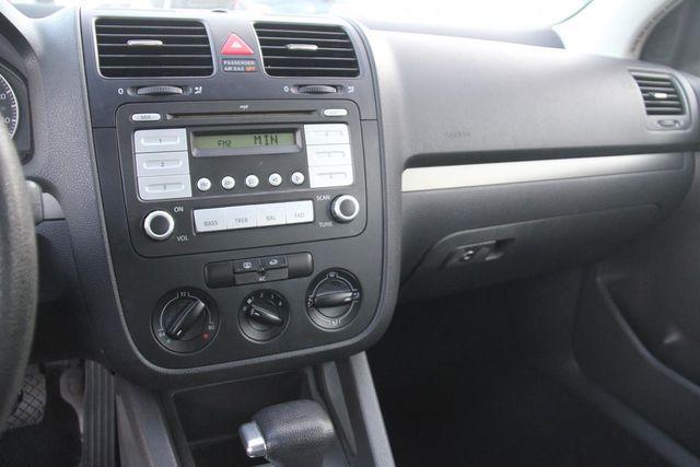 2007 Volkswagen Rabbit Santa Clarita, CA 18