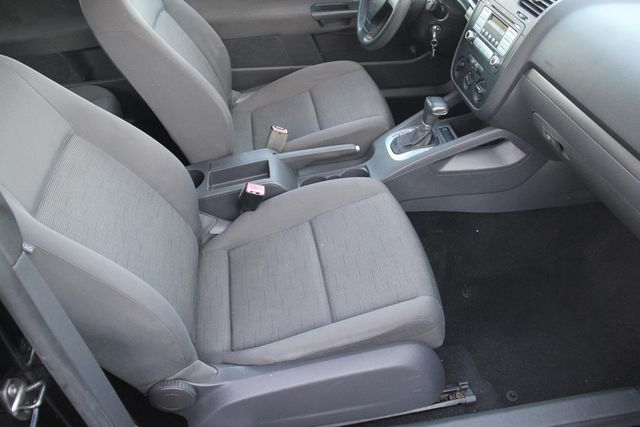 2007 Volkswagen Rabbit | Santa Clarita, CA | Starfire Auto Inc