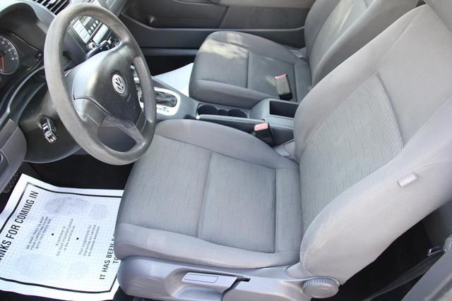 2007 Volkswagen Rabbit Santa Clarita, CA 13