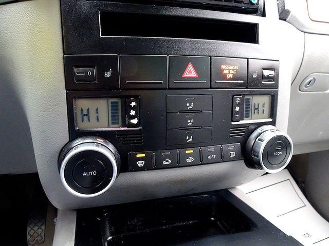 2007 Volkswagen Touareg V6 Madison, NC 19
