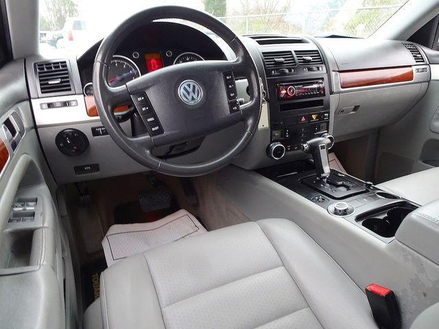 2007 Volkswagen Touareg V6 Madison, NC 32