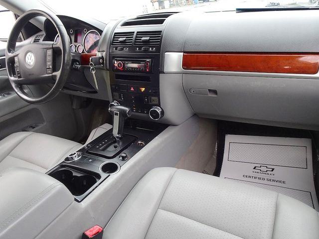 2007 Volkswagen Touareg V6 Madison, NC 33