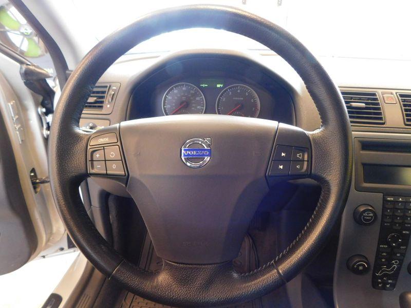2007 Volvo S40 24L  city TN  Doug Justus Auto Center Inc  in Airport Motor Mile ( Metro Knoxville ), TN