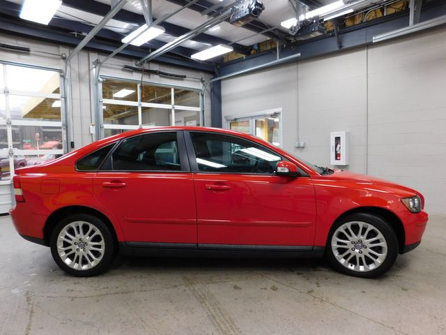 2007 Volvo S40 2.4L in Airport Motor Mile ( Metro Knoxville ), TN 37777