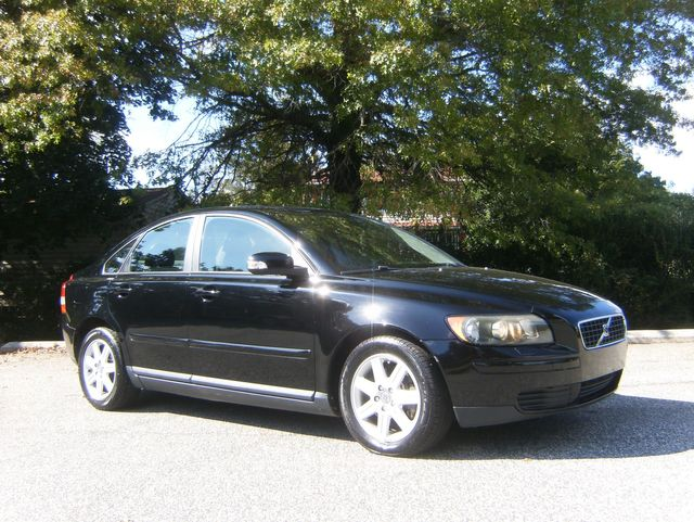 2007 Volvo S40 2.4L in West Chester, PA 19382